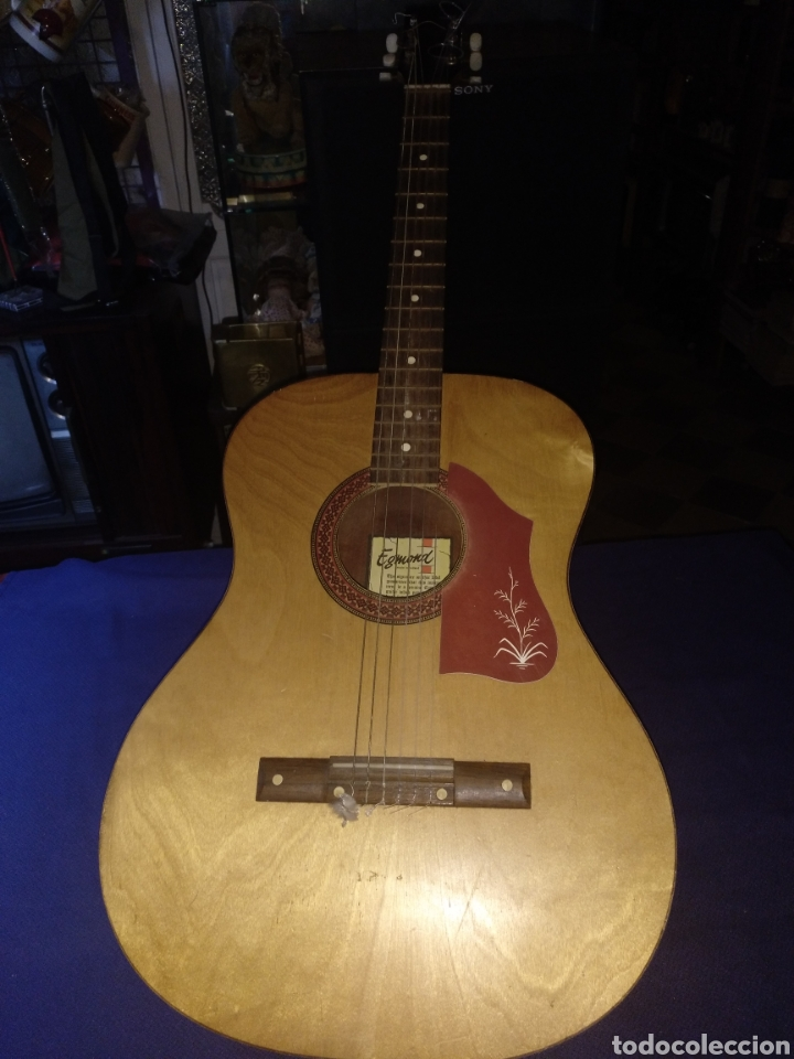GUITARRA EGMOND (Música - Instrumentos Musicales - Guitarras Antiguas)