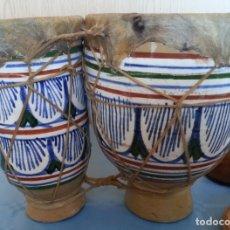 Instrumentos musicales: TAMBORES DE BONGO CON CUERPO DE CERÁMICA. AÑOS 60-70. Lote 175409048