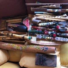 Instrumentos musicales: 47 INSTRUMENTOS MUSICALES ÉTNICOS DE TODO EL MUNDO, SON DE MADERAS, CAÑAS Y ALGUNOS DE CERÁMICAS.. Lote 175446685