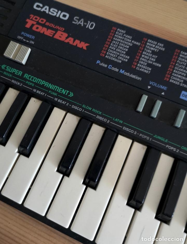 Instrumentos musicales: PIANO VINTAGE CASIO SA-10 FUNCIONA - Foto 3 - 175634295