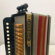 Instrumentos musicales: HOHNER ACORDEÓN ANTIGUO. Lote 175705033