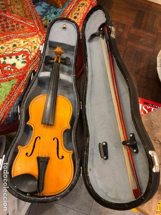 PRECIOSO VIOLIN MINIATURA EN SU CAJA (Música - Instrumentos Musicales - Cuerda Antiguos)