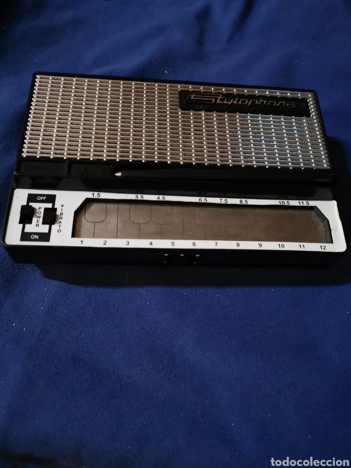 ANTIGUO STYLOPHONE, SINTETIZADOR PORTÁTIL (Música - Instrumentos Musicales - Teclados Eléctricos y Digitales)