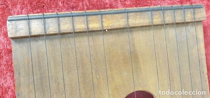 Instrumentos musicales: ROYAL CITARINA. CÍTARA. 15 CUERDAS. DIATÓNICA. CAJA DE MADERA. CIRCA 1950. - Foto 4 - 176072174