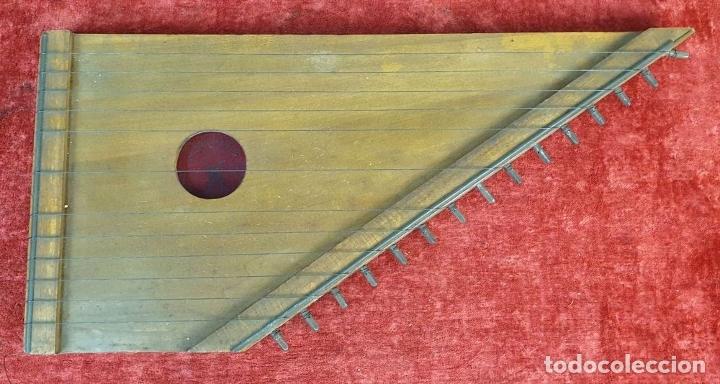 Instrumentos musicales: ROYAL CITARINA. CÍTARA. 15 CUERDAS. DIATÓNICA. CAJA DE MADERA. CIRCA 1950. - Foto 8 - 176072174