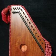 Instrumentos musicales: ANTIGUA CITARA ROYAL DIATONIQUE PRINCIPIOS S.XX. Lote 176531612