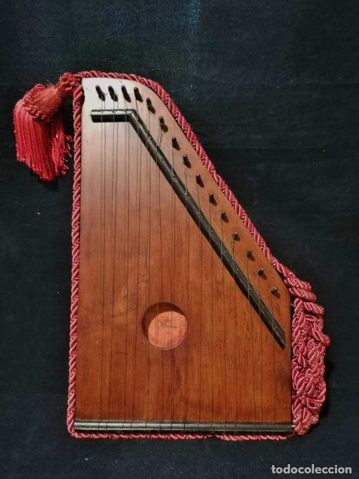 Instrumentos musicales: Antigua Citara Royal Diatonique principios s.XX - Foto 3 - 176531612