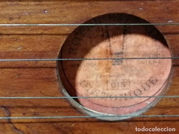 Instrumentos musicales: Antigua Citara Royal Diatonique principios s.XX - Foto 7 - 176531612