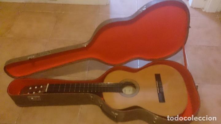 Instrumentos musicales: Guitarra J ALVAREZ - Foto 2 - 177072242