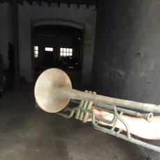 Instrumentos musicales: TROMPETA ANTIGUA. Lote 177521498
