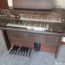 Instrumentos musicales: IMPORTANTE ORGANO YAMAHA. UN REGALO. FUNCIONA. Lote 178108770