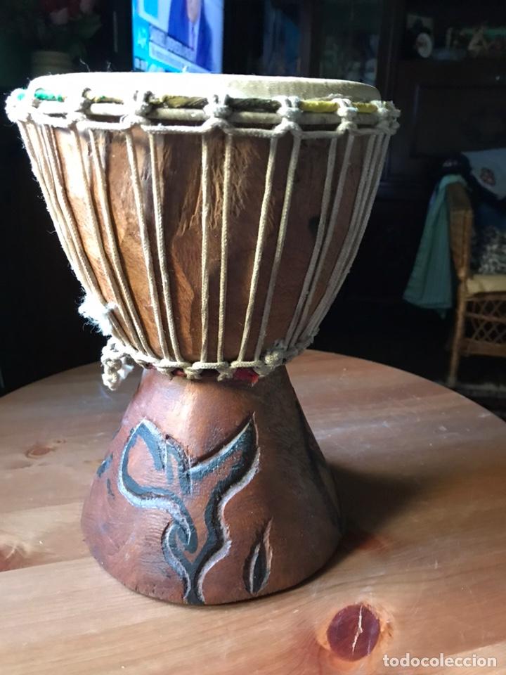 DJEMBE DE MADERA AFRICANO ANTIGUO (Música - Instrumentos Musicales - Percusión)