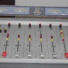 Instrumentos musicales: SOLIDYNE MODELO 816 MESA MEZCLAS SONIDO DIGITAL CONSOLA PARA EMISORA DE RADIO FM. Lote 178952461