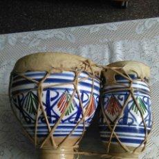 Instrumentos musicales: BONGOS O TAMBORES AFRICANOS DE CERÁMICA.. Lote 179078802