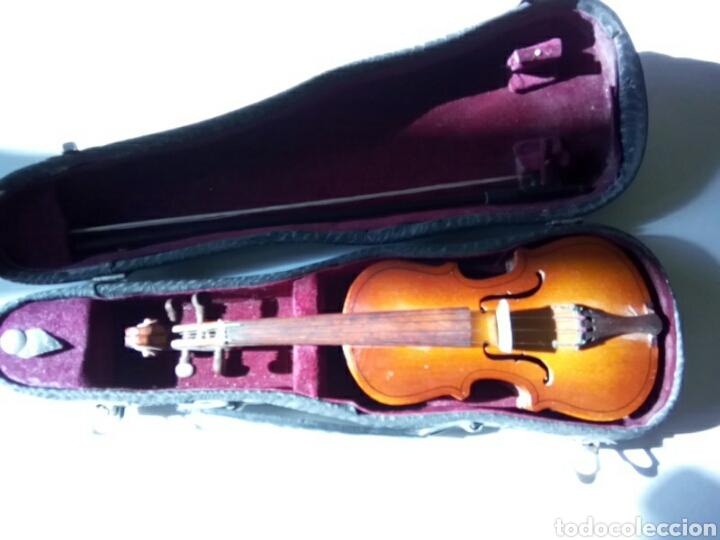 Instrumentos musicales: Bonito violín en miniatura.Decorativo . - Foto 3 - 179199693