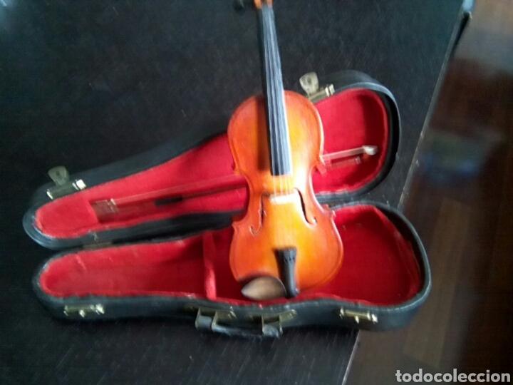 Instrumentos musicales: Violín miniatura decorativo - Foto 3 - 175711663