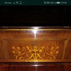 Instrumentos musicales: PIANO DE PARED INGLÉS. Lote 180194466