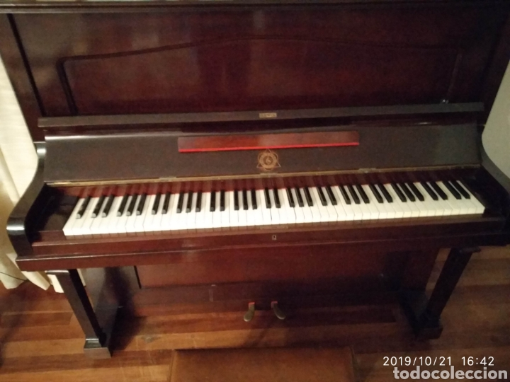 Instrumentos musicales: Piano antiguo Hijos de S. Ribalta - Foto 3 - 180388923