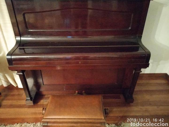 Instrumentos musicales: Piano antiguo Hijos de S. Ribalta - Foto 2 - 180388923