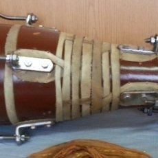 Instrumentos musicales: TAMBORES DE BONGO CON CUERPO DE CERÁMICA. AÑOS 60-70. Lote 180454273
