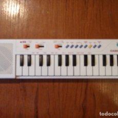 Instruments Musicaux: TECLADO VINTAGE CASIO PT-10 PT10 BLANCO FUNCIONANDO . Lote 181593355