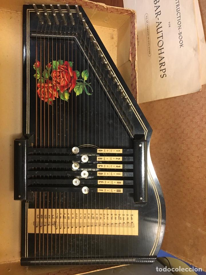 Instrumentos musicales: AUTOHARPA AUTOHARP ARPA. AÑO 1918 GERMANY. EXCELENTE ESTADO, COMPLETA - Foto 2 - 182584243