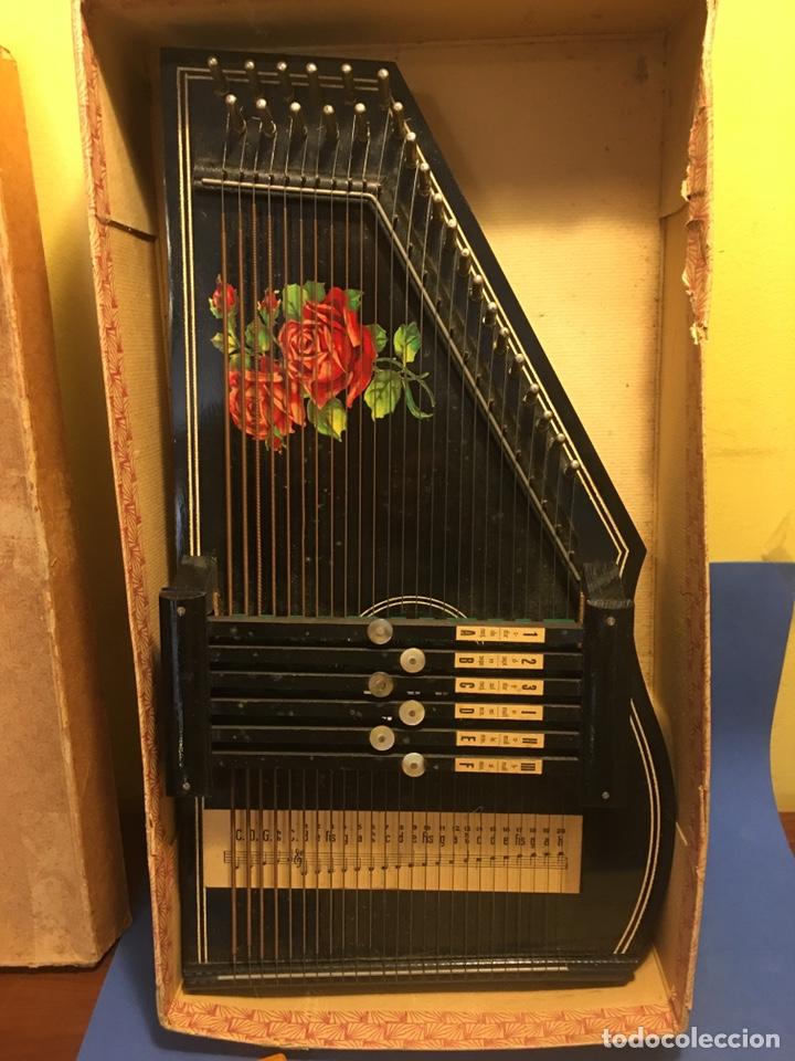Instrumentos musicales: AUTOHARPA AUTOHARP ARPA. AÑO 1918 GERMANY. EXCELENTE ESTADO, COMPLETA - Foto 5 - 182584243