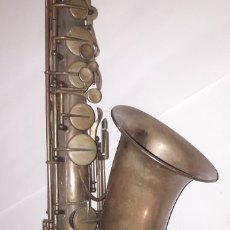 Instrumentos Musicais: GRAN SAXOFÓN ,LATON,(MARCA PARIS ). Lote 182591016