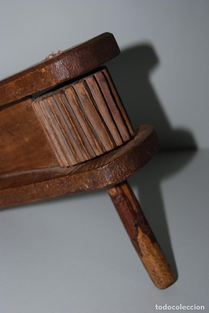 Instrumentos musicales: ANTIGUA MATRACA DE MADERA - CARRACA - INSTRUMENTO TRADICIONAL - CASTILLA - SEMANA SANTA - MISA - Foto 5 - 182716733