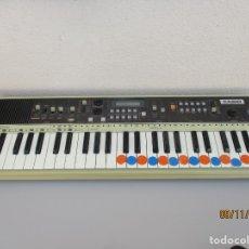 Instrumentos musicales: CASIO MT 70 NO FUNCIONA PARA PIEZAS . Lote 182721801
