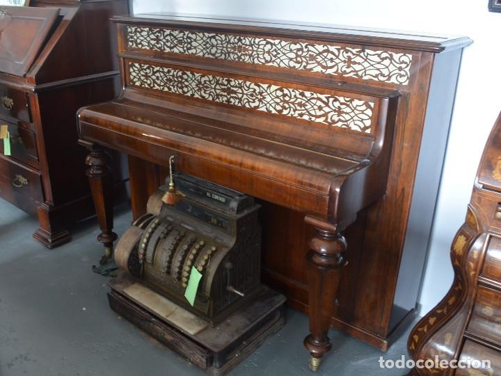 Instrumentos musicales: PIANO DE PARED PATENTE ERARD LONDRES - Foto 2 - 182972555