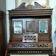 Instrumentos musicales: ARMONIO AMERICANO. Lote 182987486