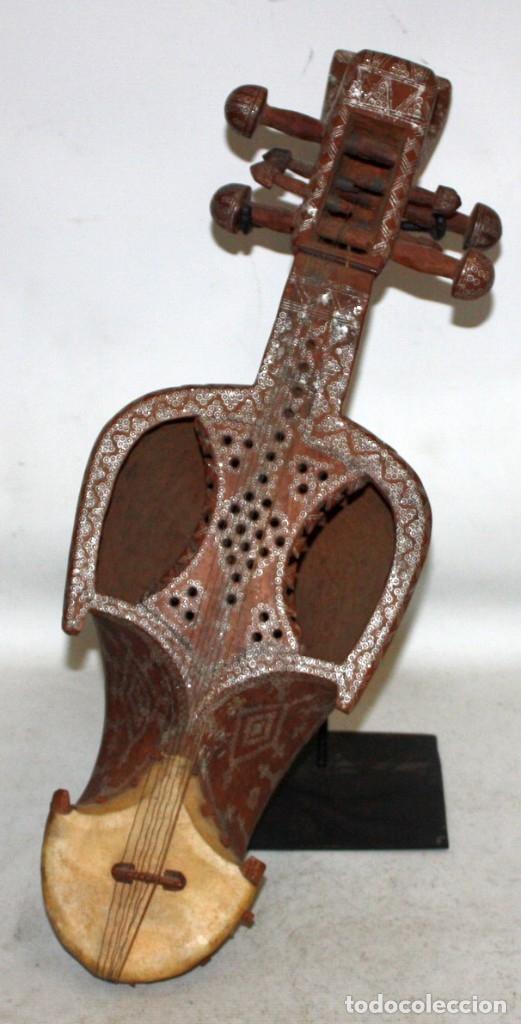 LAÚD DE AFGANISTAN - INCRUSTACIONES - MADERA - PERGAMINO - ARTESANO. (Música - Instrumentos Musicales - Cuerda Antiguos)