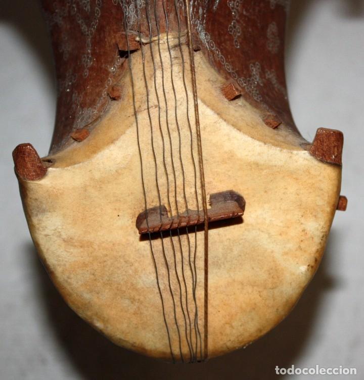 Instrumentos musicales: LAÚD DE AFGANISTAN - INCRUSTACIONES - MADERA - PERGAMINO - ARTESANO. - Foto 3 - 183042073