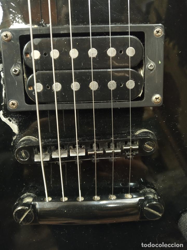 Instrumentos musicales: Impresionante guitarra eléctrica, réplica de James Hetfield Metallica. Grass Roots. Relicado. Funda. - Foto 3 - 183296600