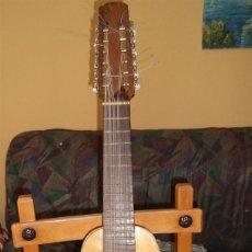 Instrumentos musicales: ANTIGUA BANDURRIA/LAUD GUILLERMO LLUQUET TURIS VALENCIA MIDE 65/31,50/8,50 CM. Lote 183528093
