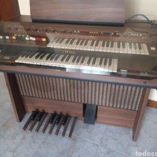 Instrumentos musicales: IMPORTANTE ORGANO YAMAHA. UN REGALO. FUNCIONA. Lote 184354548