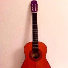 Instrumentos musicales: GUITARRA ESPAÑOLA RITMO T1 MADE IN SPAIN , HAY QUE CAMBIARLE LAS CUERDAS ENTREGA EN MADRID. Lote 199434085