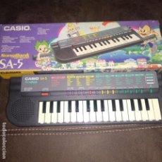 Instrumentos musicales: TECLADO CASIO SA-5 SONGBANK CON CAJA FUNCIONANDO. Lote 184889006