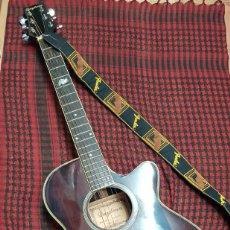 Instrumentos musicales: GUITARRA DAYTONA W-550COBB Y AMPLIFICADOR FENDER. Lote 185963431