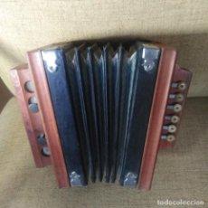 Instrumentos musicales: ACORDEÓN ANTIGUO. Lote 186083952