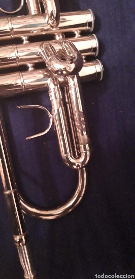 Instrumentos musicales: Trompeta antigua - Foto 4 - 186243342
