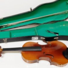 Instrumentos musicales: VIOLIN GRANDE EN ESTUCHE O FUNDA - 78.CM LARGO. Lote 186437935
