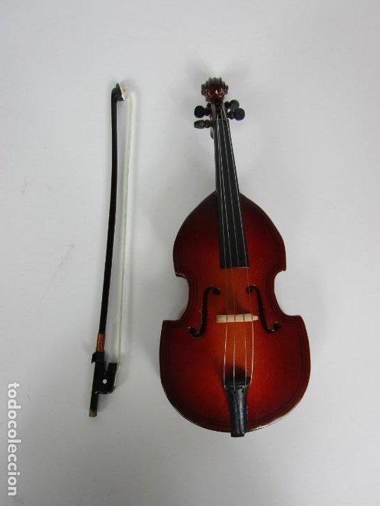 Instrumentos musicales: Violonchelo Miniatura - Instrumento de Cuerda - Madera - con Estuche - Violonchelo - 16 cm Altura - Foto 4 - 189605253