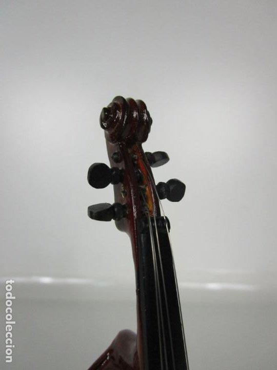 Instrumentos musicales: Violonchelo Miniatura - Instrumento de Cuerda - Madera - con Estuche - Violonchelo - 16 cm Altura - Foto 9 - 189605253