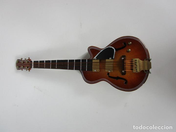 Instrumentos musicales: Guitarra Eléctrica Bajo, Miniatura - Madera - con Estuche - Guitarra Bajo 16 Altura - Foto 3 - 189605803
