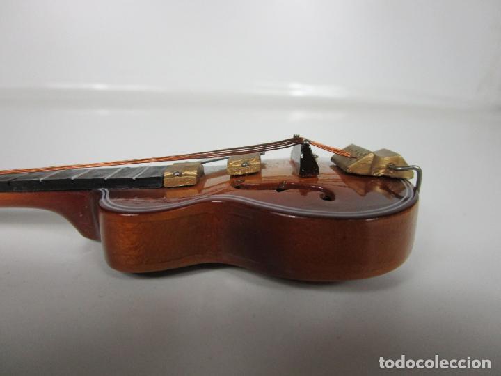 Instrumentos musicales: Guitarra Eléctrica Bajo, Miniatura - Madera - con Estuche - Guitarra Bajo 16 Altura - Foto 5 - 189605803