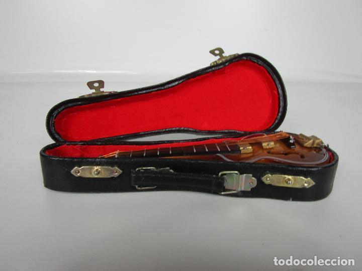 Instrumentos musicales: Guitarra Eléctrica Bajo, Miniatura - Madera - con Estuche - Guitarra Bajo 16 Altura - Foto 15 - 189605803