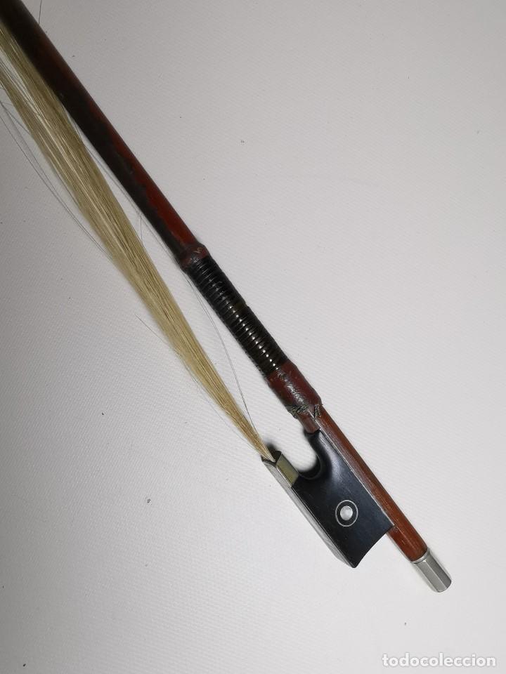 Instrumentos musicales: ANTIGUO ARCO VIOLIN - 74 CM - Foto 8 - 189725353