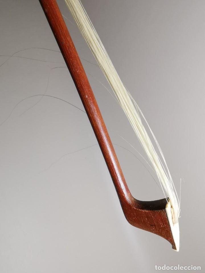Instrumentos musicales: ANTIGUO ARCO VIOLIN - 74 CM - Foto 24 - 189725353